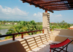 Condo Cielo 303, Isla Palamares Condominiums: 1 bedroom on third level