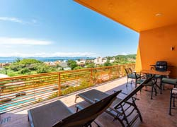 Condo 314 La Joya Huanacaxtle nearby the beach and the town of La Cruz