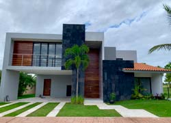 Casa 22 Vista Lagos, contemporary villa with a spectacular view to the golf course and lake